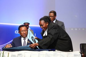 the-chairperson-of-the-comesa-authority-his-excellency-mr-hery-rajaonarimampianina-president-of-the-republic-of-madagascar-signing-the-letters-of-appointment-for-the-newly-appointed-judges
